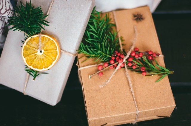 10 Cheap Homemade Gift Basket Ideas