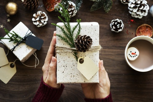 How to Have a Christmas Budget when You're Broke